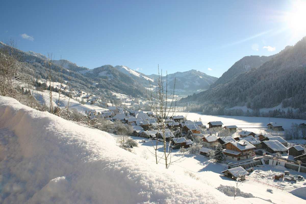 0-sitraGEO130617_255181_la-chapelle-village-hiver